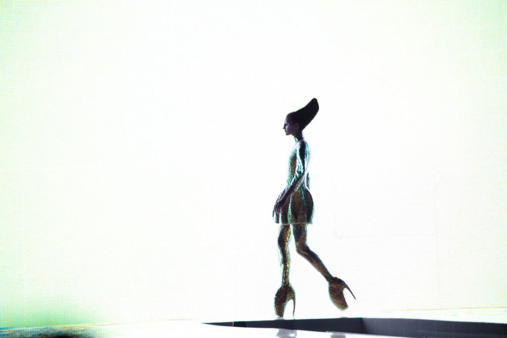 8.-Jellyfish-ensemble-and-Armadillo-shoes-Plato's-Atlantis-SS-2010.-Model-Polina-Kasina.-©-Lauren-GreenfieldINSTITUTE-1024x682