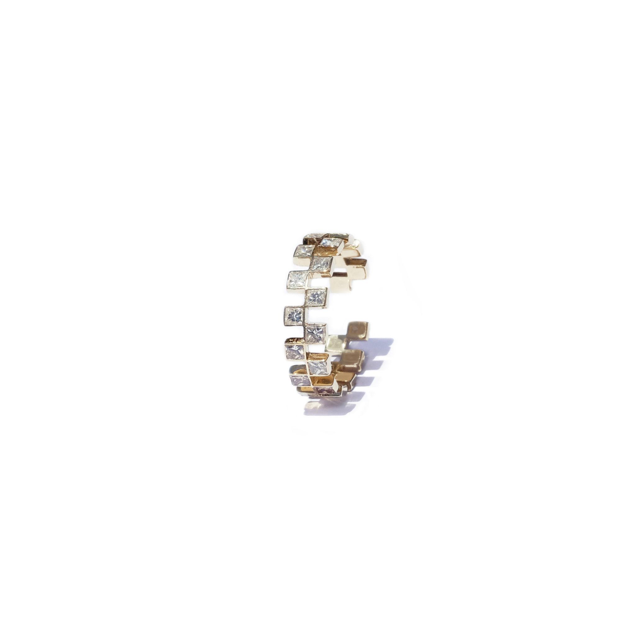 Anerise Ear Cuff_YG-april-diamomd-birthstone-kat-kim