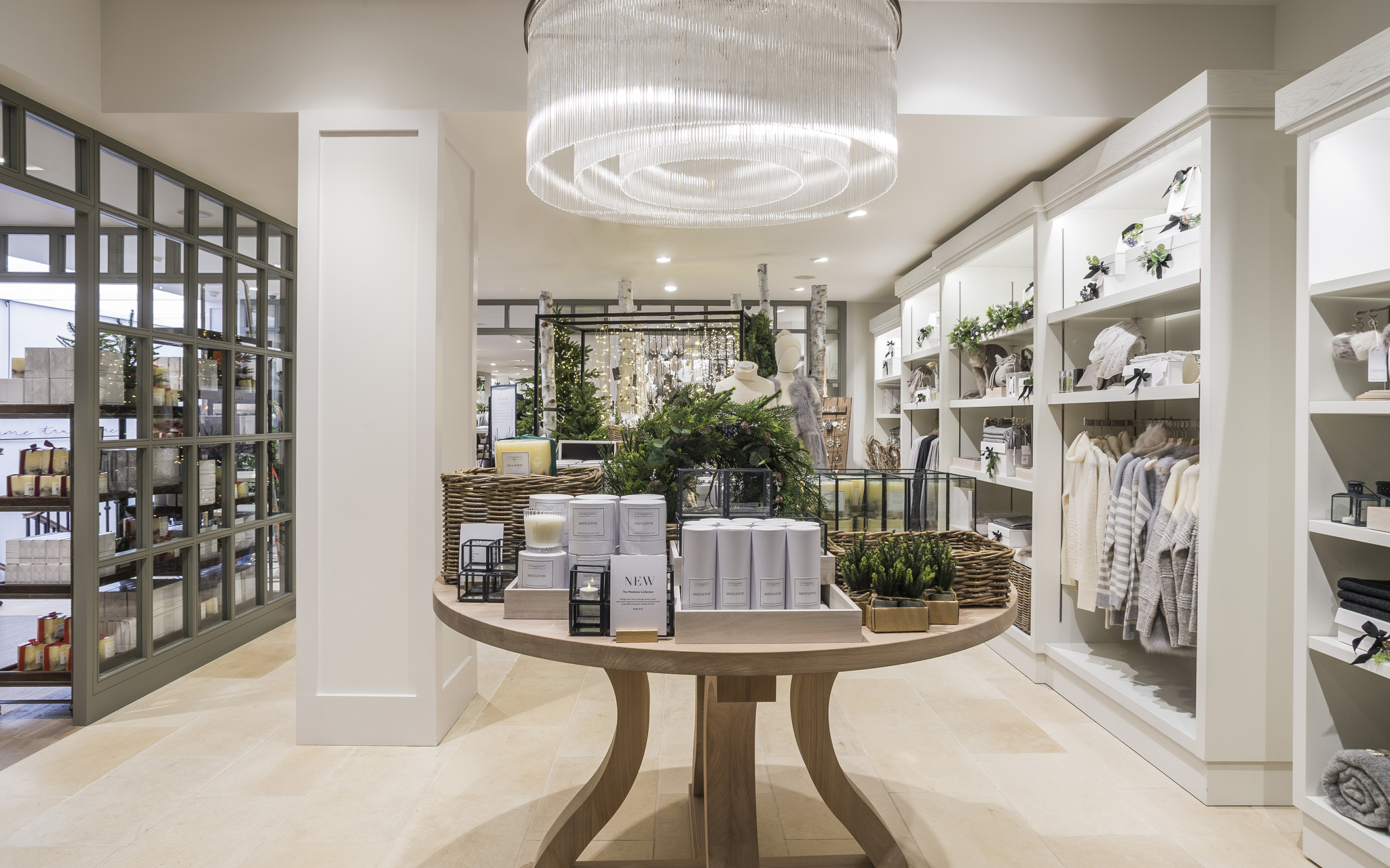 dog-friendly-stores-to-shop-in-the-white-company