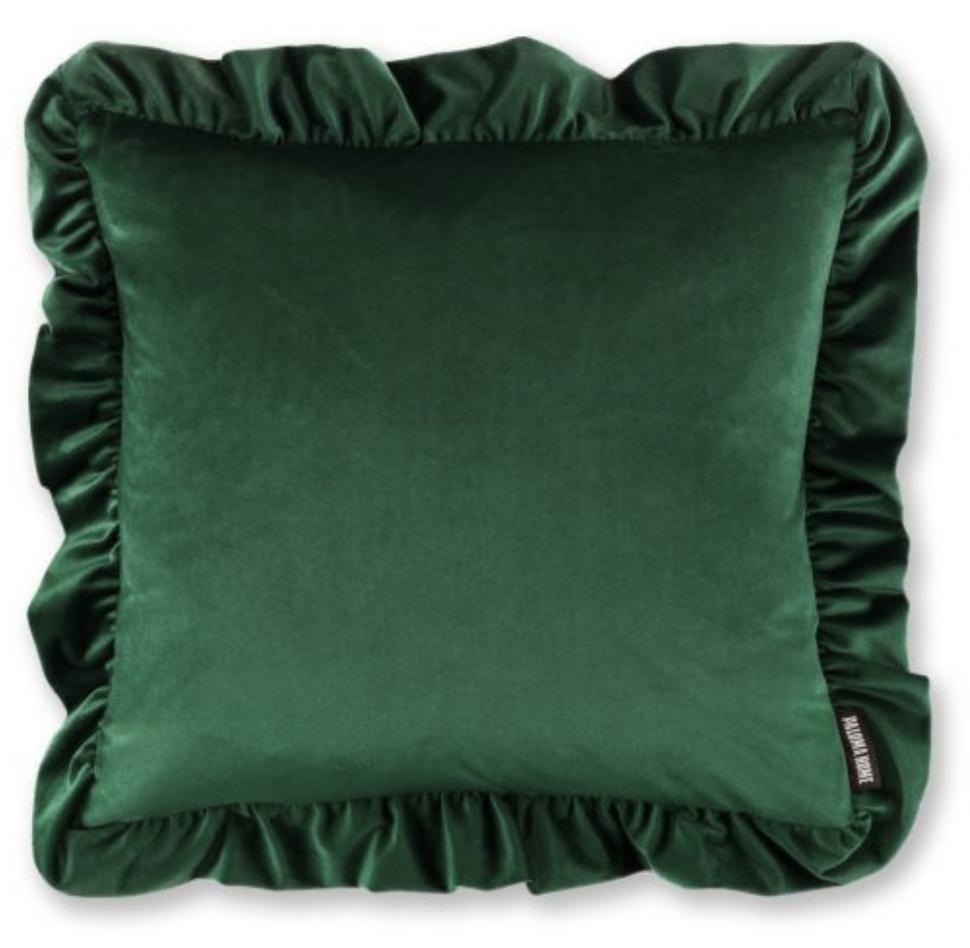 singer-paloma-faith-launches-interiors-e-store-luxe-velvet-cushion